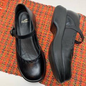 Dansko Mary Jane Clog Ankle strap 39 back leather